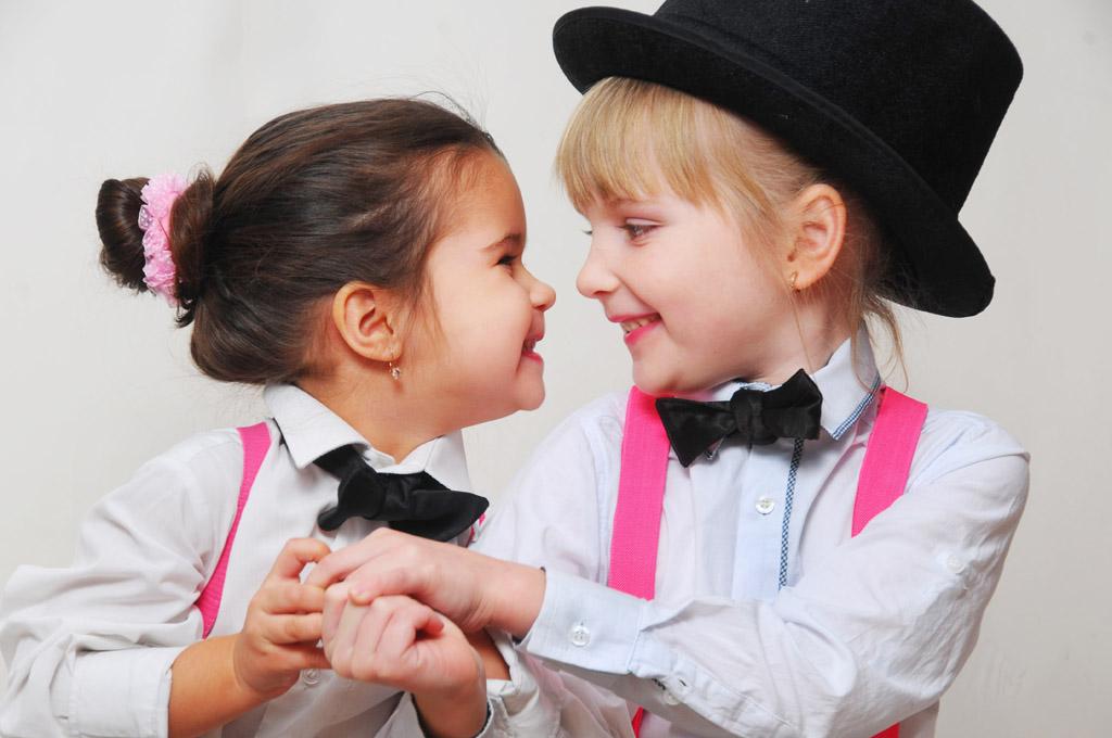 Сімейна фотосесія дітей у студії - фотосесія з дітьми